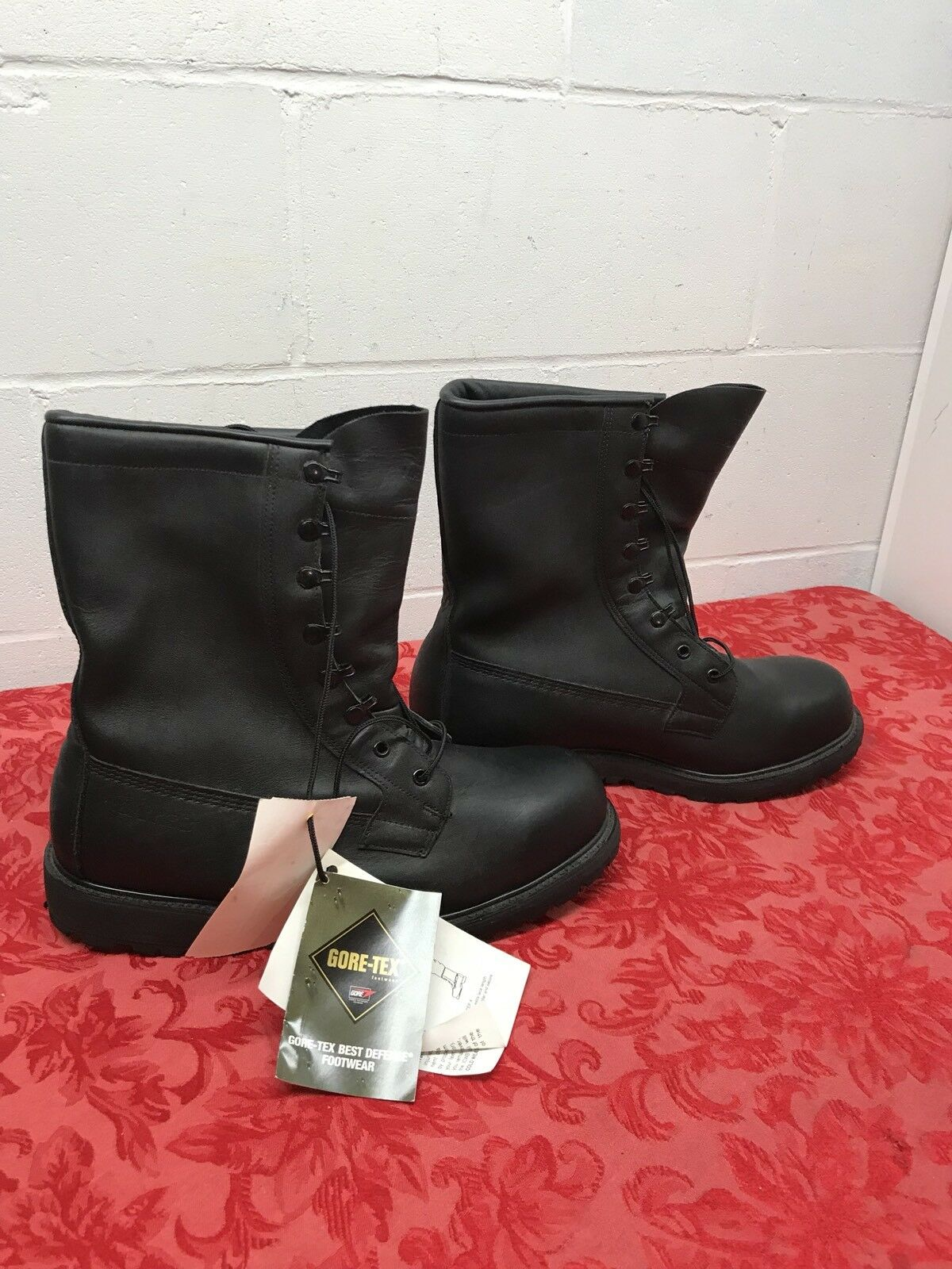 New Gore-Tex Boots Best of Defense Military Boots Size 11.1 2 W Bates Steel Toe