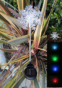 Set of 2 solar powered snowflakes 3d garden yard stake for Decoration 3d sol