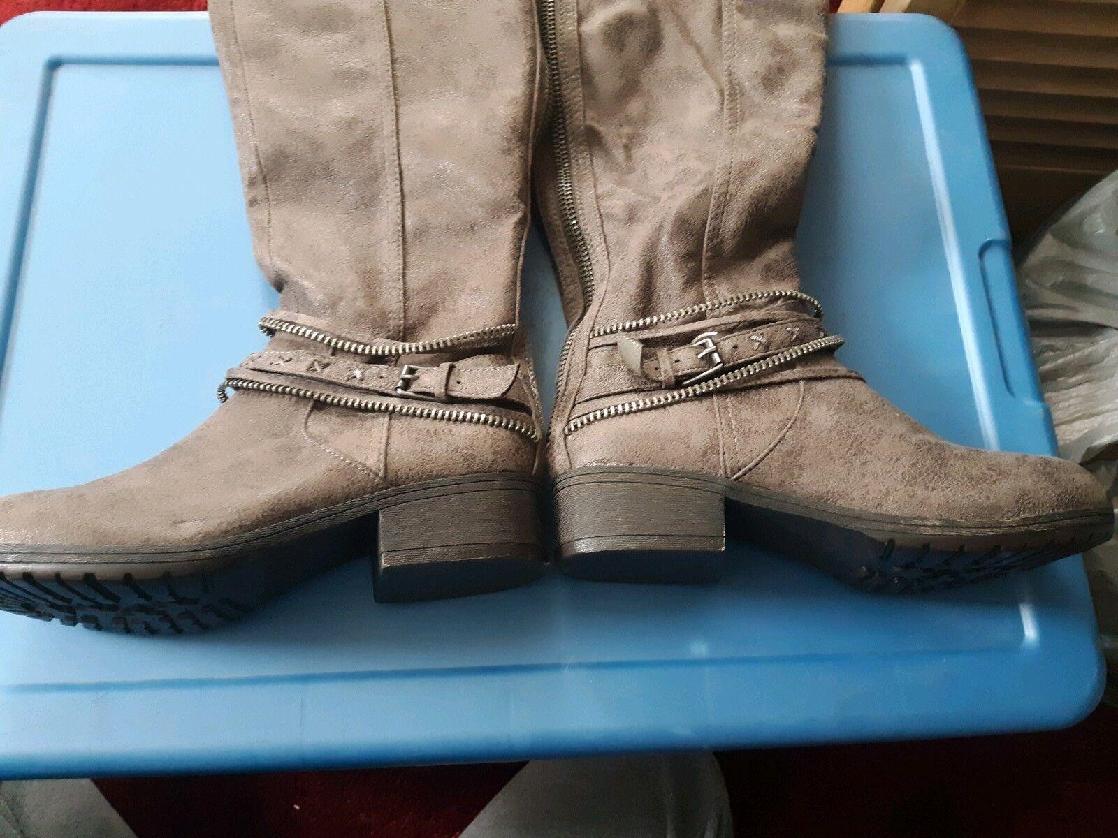 ! nuevo! así que Para mujeres Informal Botas Altas, Baja Tacón con plataforma, 6 1/2 Med, Garland Gris 73277
