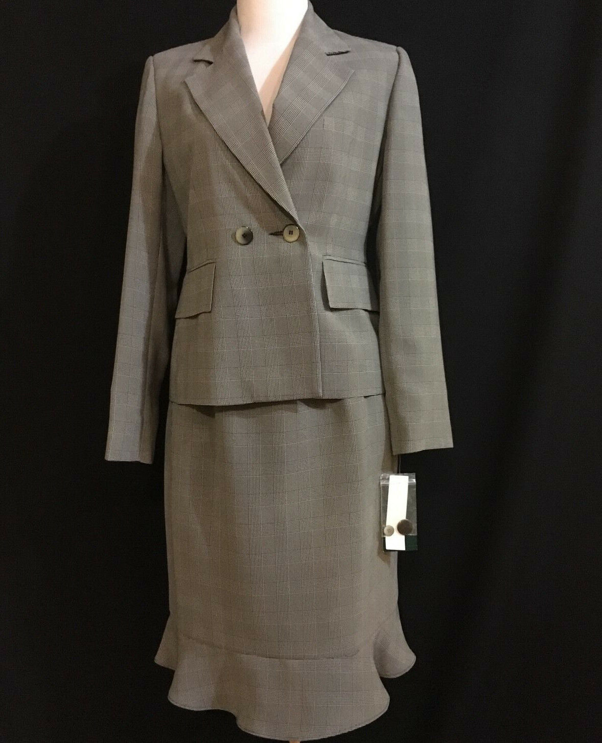 ..NWT  HARVE BENARD Women's Bulk Wht Plaid 2pc Lined Skirt Suitable 6
