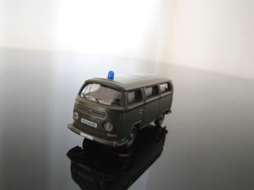 2 Pièce (7,45 €/pcs) Märklin h0 18702 4 MFOR VW-Bus t2 Feldjäger