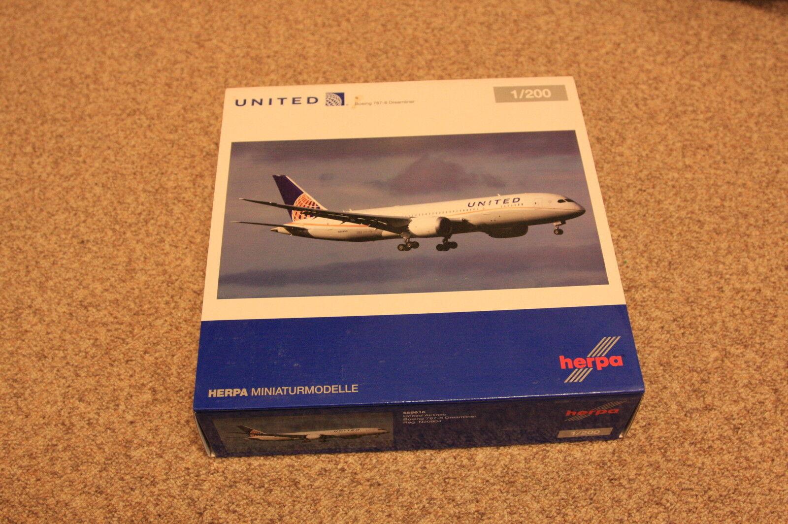 Herpa Wings 1 200 - Boeing 787-8 Dreamliner United Airlines OVP - 555616