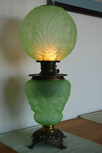 ANTIQUE-OLD-OIL-KEROSENE-BABY-FACE-ANGEL-VICTORIAN-BANQUET-GWTW-VINTAGE-LAMP