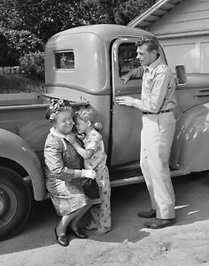 The Andy Griffith Show - TV SHOW PHOTO #E-53 - EPISODE PHOTO