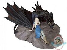 Game of Thrones Daenerys With Drogon Statuette by Dark Horse