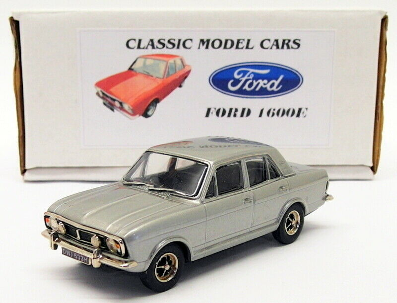 Pathfinder Peregrine Models 1 43 Scale PG09 - Ford Cortina 1600E 1 Of 25