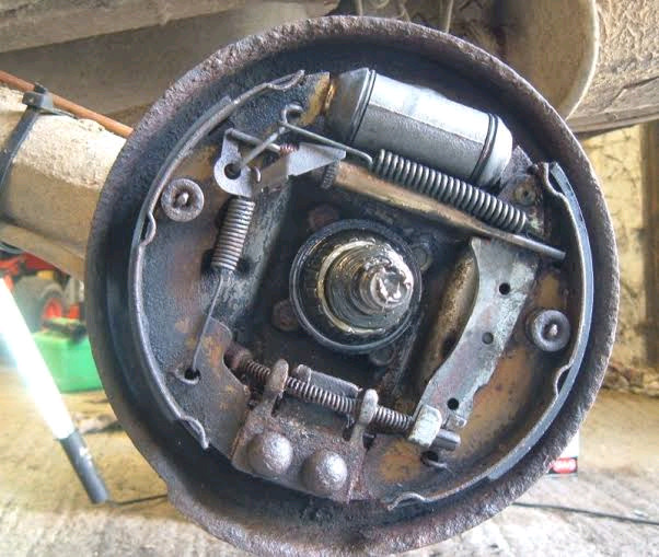 Brake shoes fitted