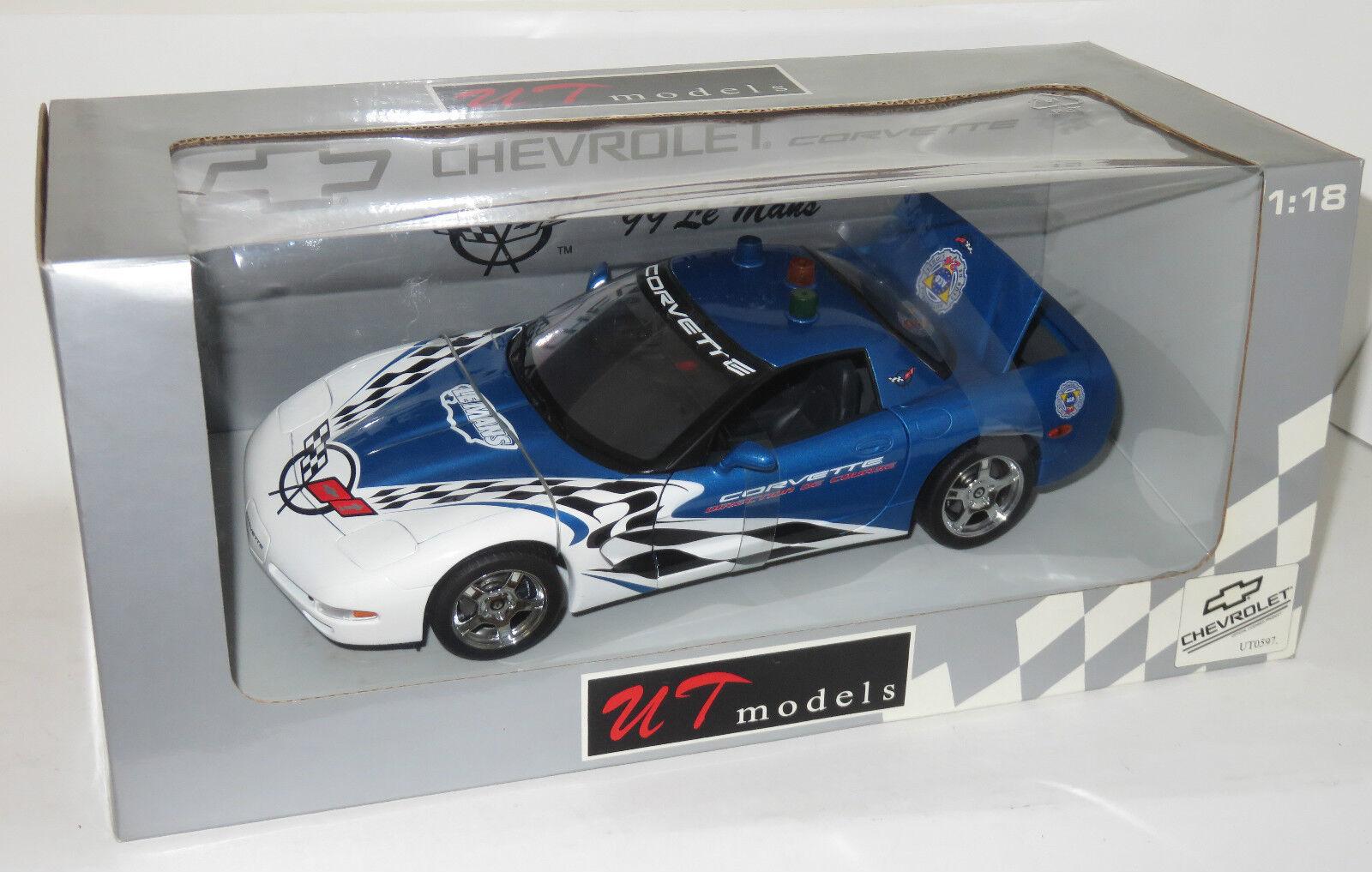 1 18 UT Models   Chevrolet Corvette  Le Mans Course Car 1999  bluee