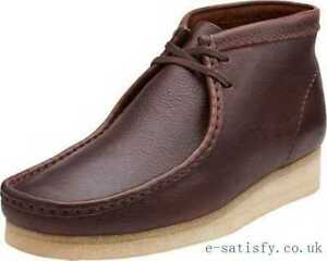 c282ec80539 Image is loading Clarks-Originals-Men-Wallabee-Boot-Brown-or-Navy-
