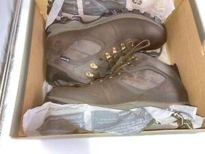 Timberland Mt. Maddsen Men's Waterproof Leather Hiking Boots, DK Brown, 10.5 New