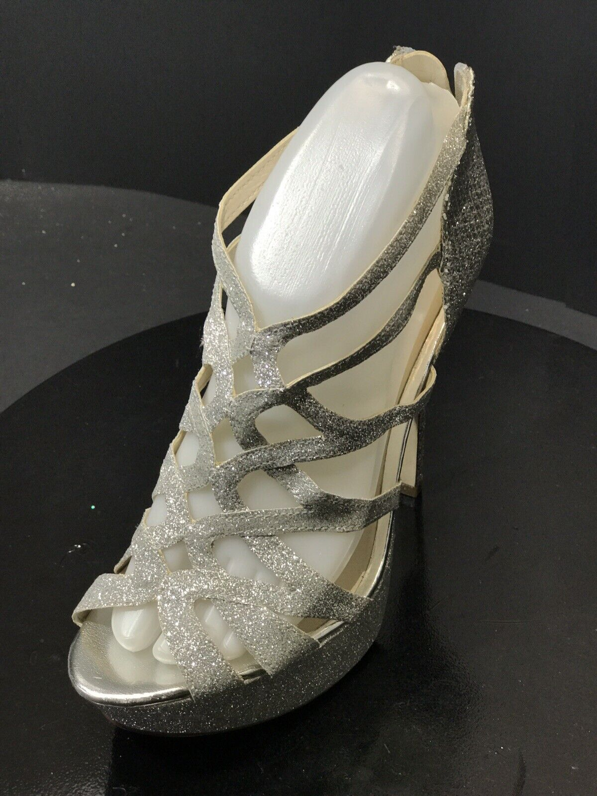 New Aldo Women's Metallic Silver Sparkly Strappy High Heels shoes Size US 7.5 M