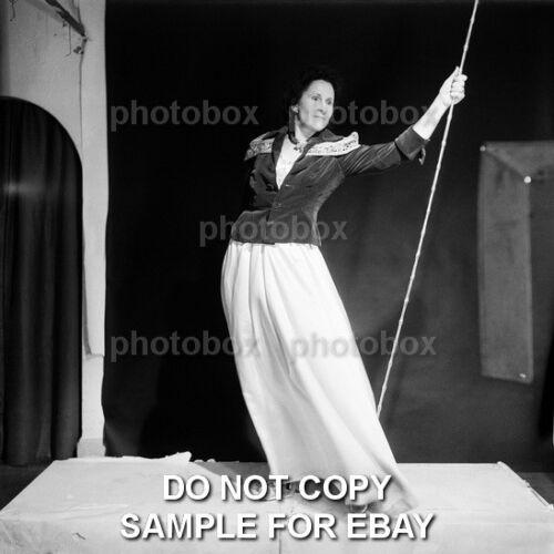Salvador Dali Exclusive Unpublished PHOTO Ref 1945 GALA