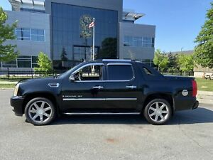 2007 Cadillac Escalade EXT,  4X4,  DVD,  Leather, Sunroof,  4 door,  Auto,  3 Years Warranty Available