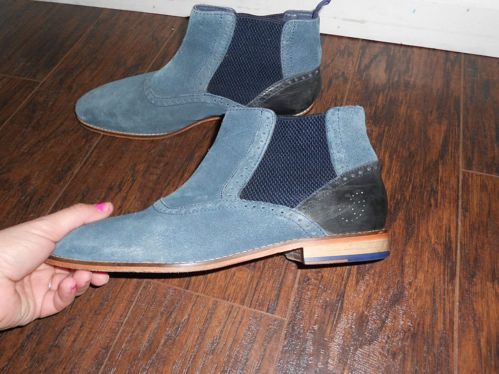 Goodwin Smith Whalley bluee Chelsea  SZ 8 MENS