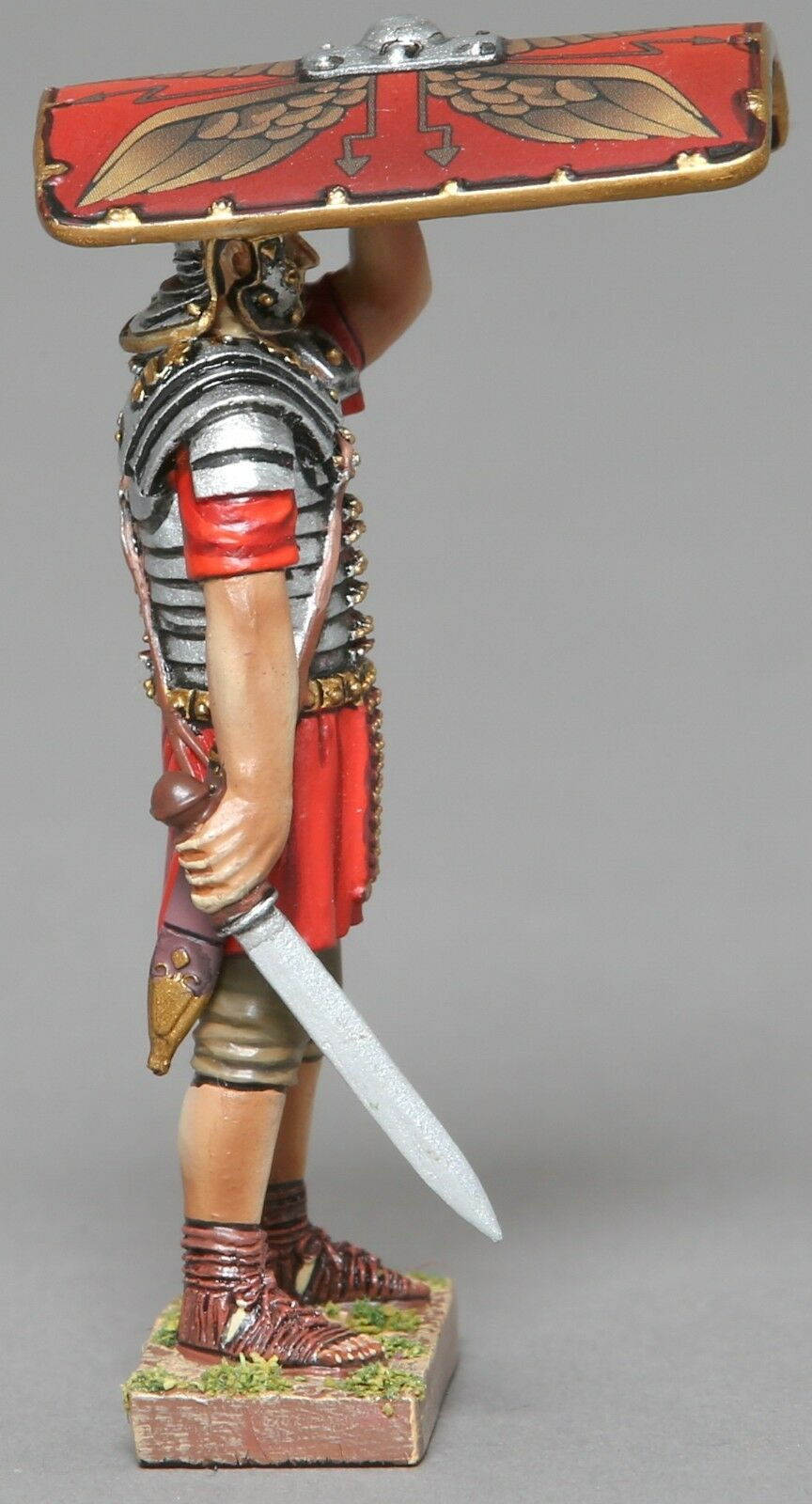 THOMAS GUNN ROMAN EMPIRE ROM069A LEGIONNAIRE SHIELD OVER HEAD SWORD RIGHT MIB