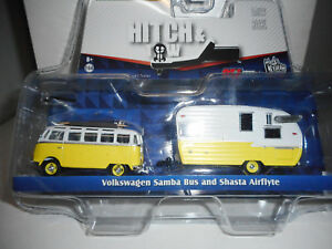 VOLKSWAGEN-T1-SAMBA-BUS-SHASTA-AIRFLYTE-HITCH-amp-W-GREENLIGHT-1-64