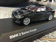 BMW 2er F22 Maßstab 1:43 Miniatur Farbe Saphirschwarz / Scale 1:43