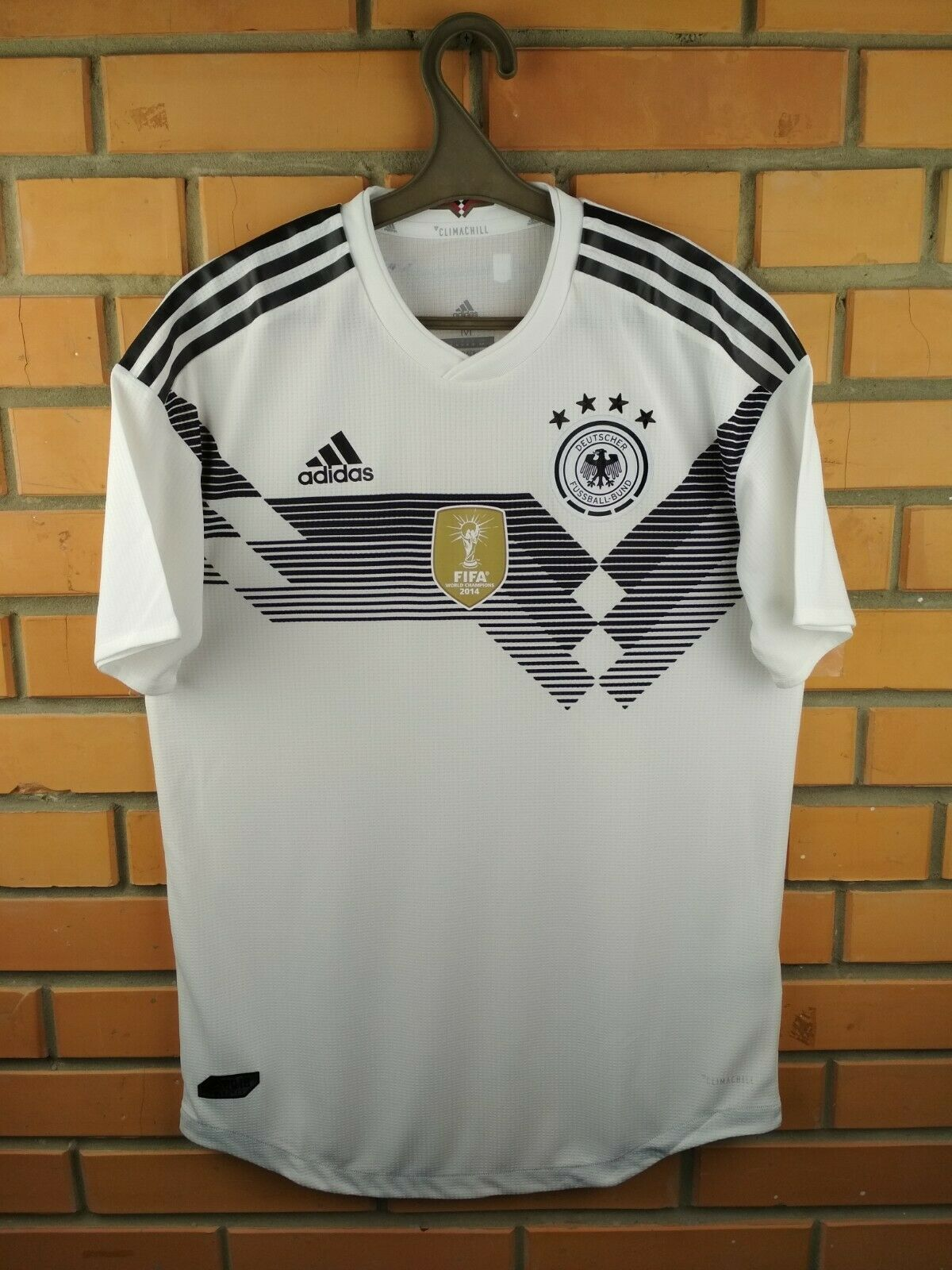 Germany authentic jersey medium 2019 home shirt BR7313 soccer football Adidas
