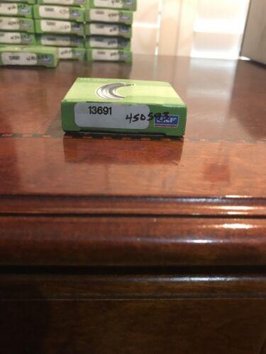 "158947 New In Box One SKF 13691 Oil Seal 1-3//8/"" ID x 2-1//4/"" OD x 5//16/"" Wide"