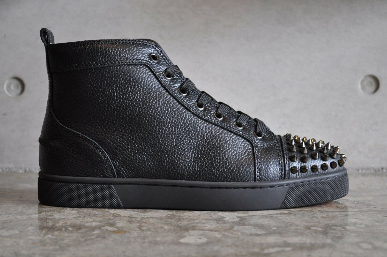 57945722c68 Christian Louboutin Lou Spikes Flat Calf Calf Calf Graine High Top - Black  40 EUR 768295 ...
