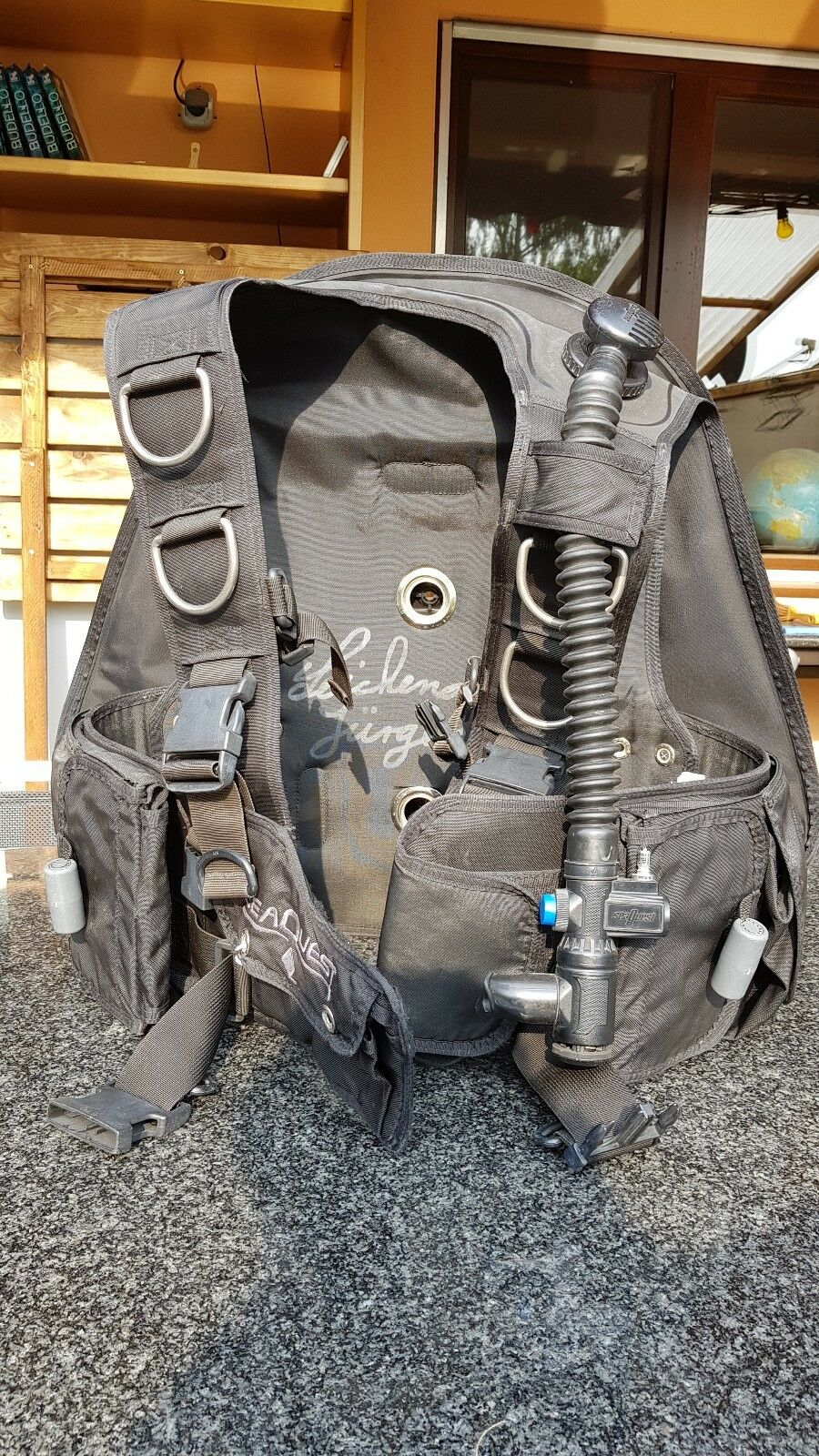 Tauchjacket Seaquest, Größe L, 22,5 Liter, Blei integriert, gebraucht