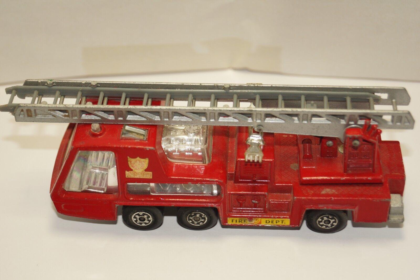 ORIGINAL Matchbox - Super Kings - K-9 - Fire Tender - rot Fire Ladder Truck