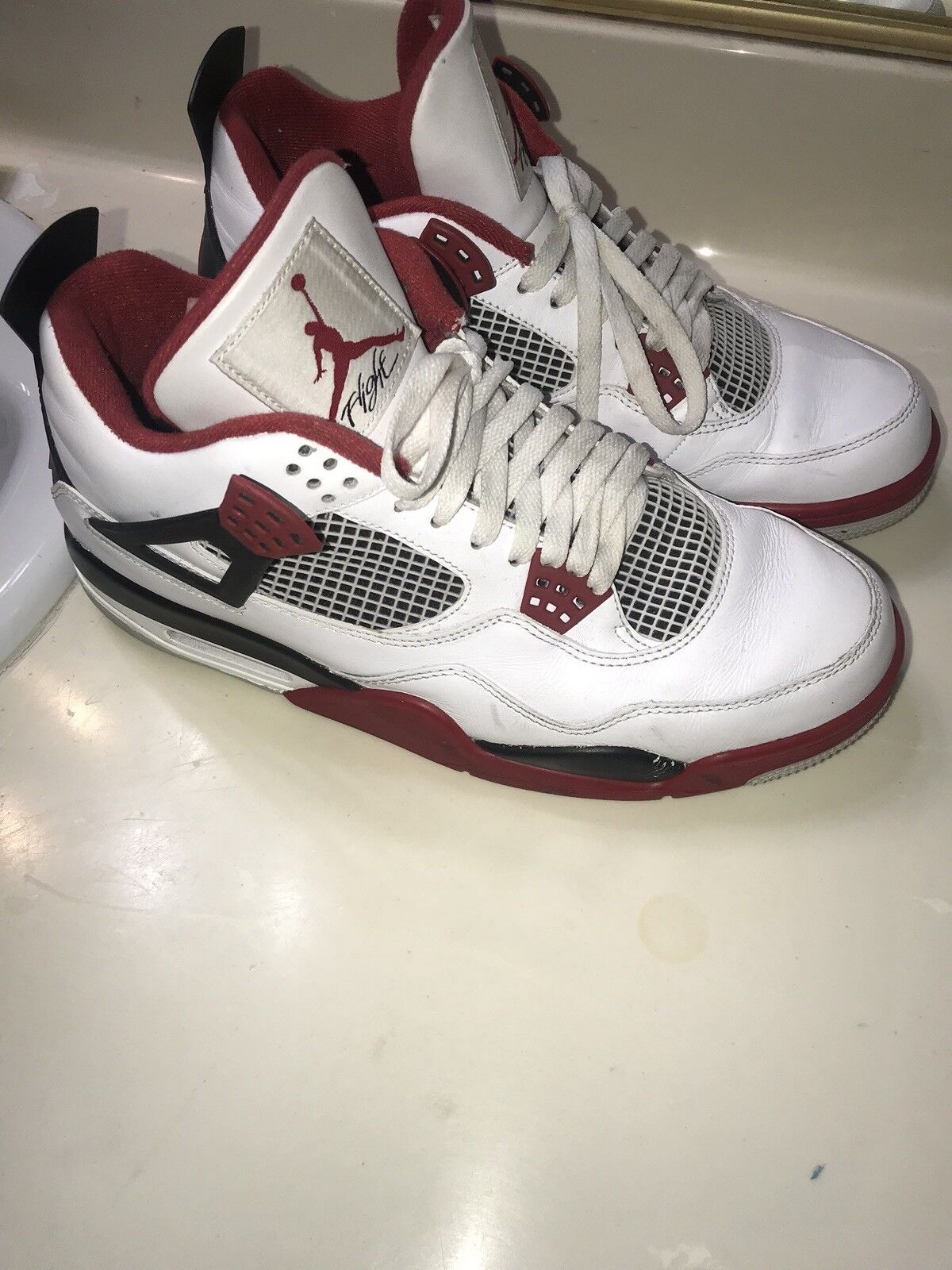 Nike Jordan Retro 4 Fire Red Size 11
