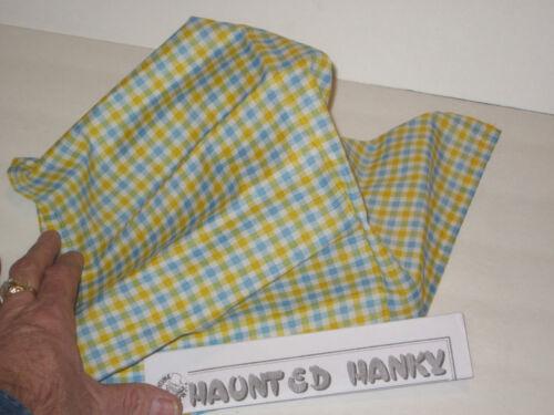 Ghosts//Halloween//Spooky Haunted Hanky Handkerchief Magic Trick Close Up