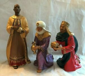 Hallmark-034-Three-Kings-From-Afar-034-Painted-Porcelain-Figurines-Mint-No-Box