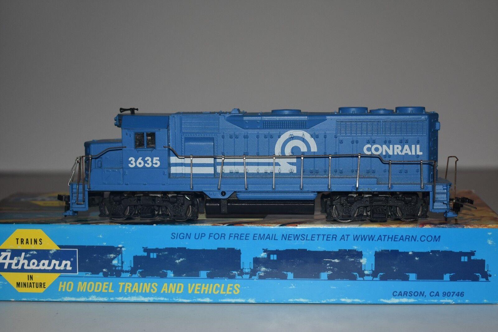 HO Scale Athearn Conrail GP35 Powered Diesel Locomotive 3635 C5440