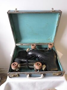 Vintage-Men-s-Size-8-Roller-Skates-with-Chicago-Panther-Plates-amp-Arrow-Wheels