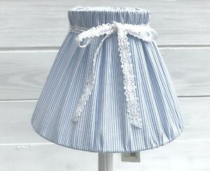 Lampenschirm-Streifen-blau-weiss-gestreift-Baumwolle-hellblau