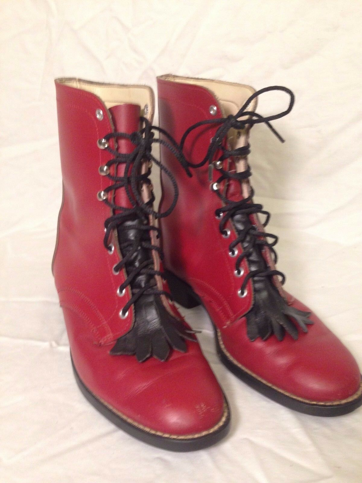 Red Laredo girls boots size 4.5