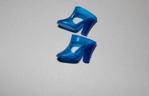 VINTAGE ORIGINAL BLUE T-STRAP BARBIE SHOES