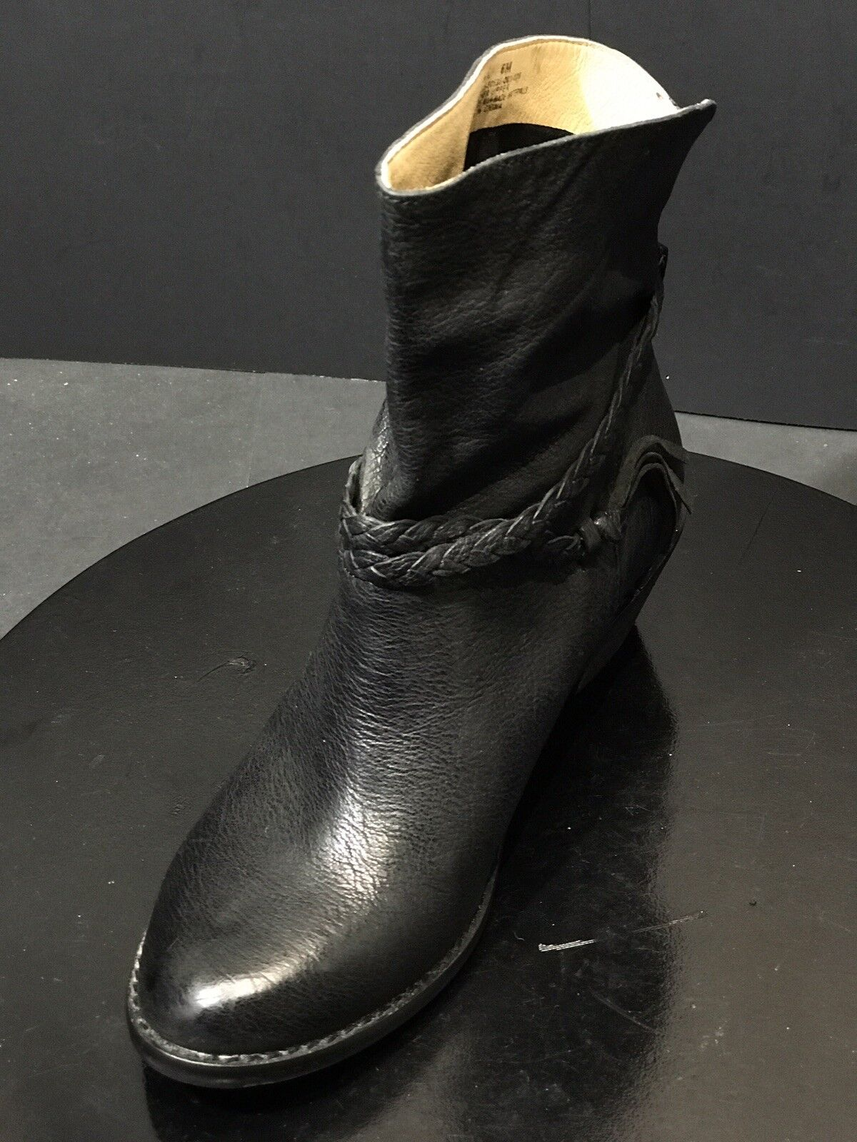 New Latigo Women's Dosha Ankle Boot Black Leather shoes Size US 6 M