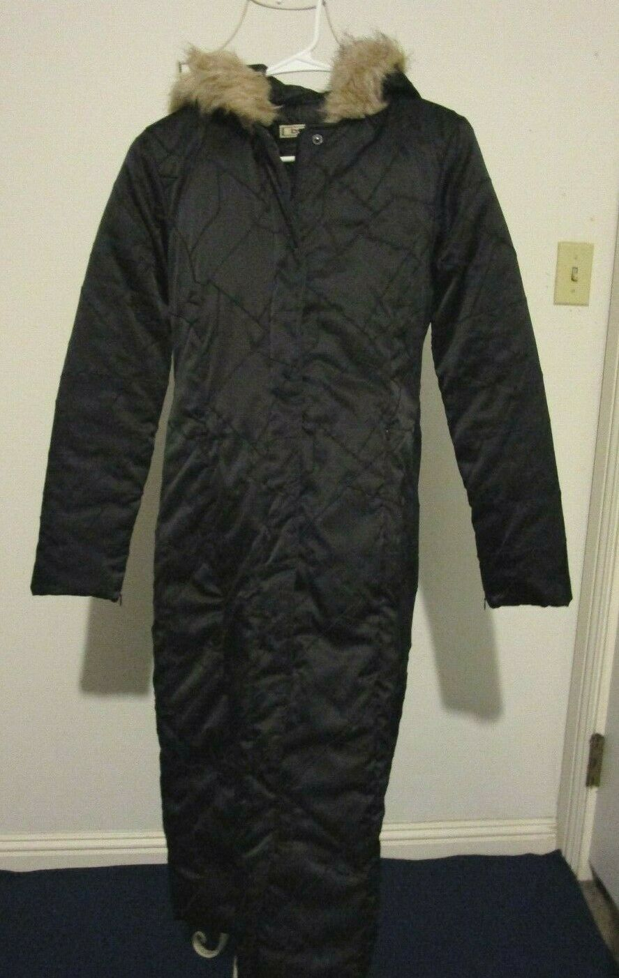 bebe Black Quilted Hooded Knee Length Zip & Snap Front Coat - Size S