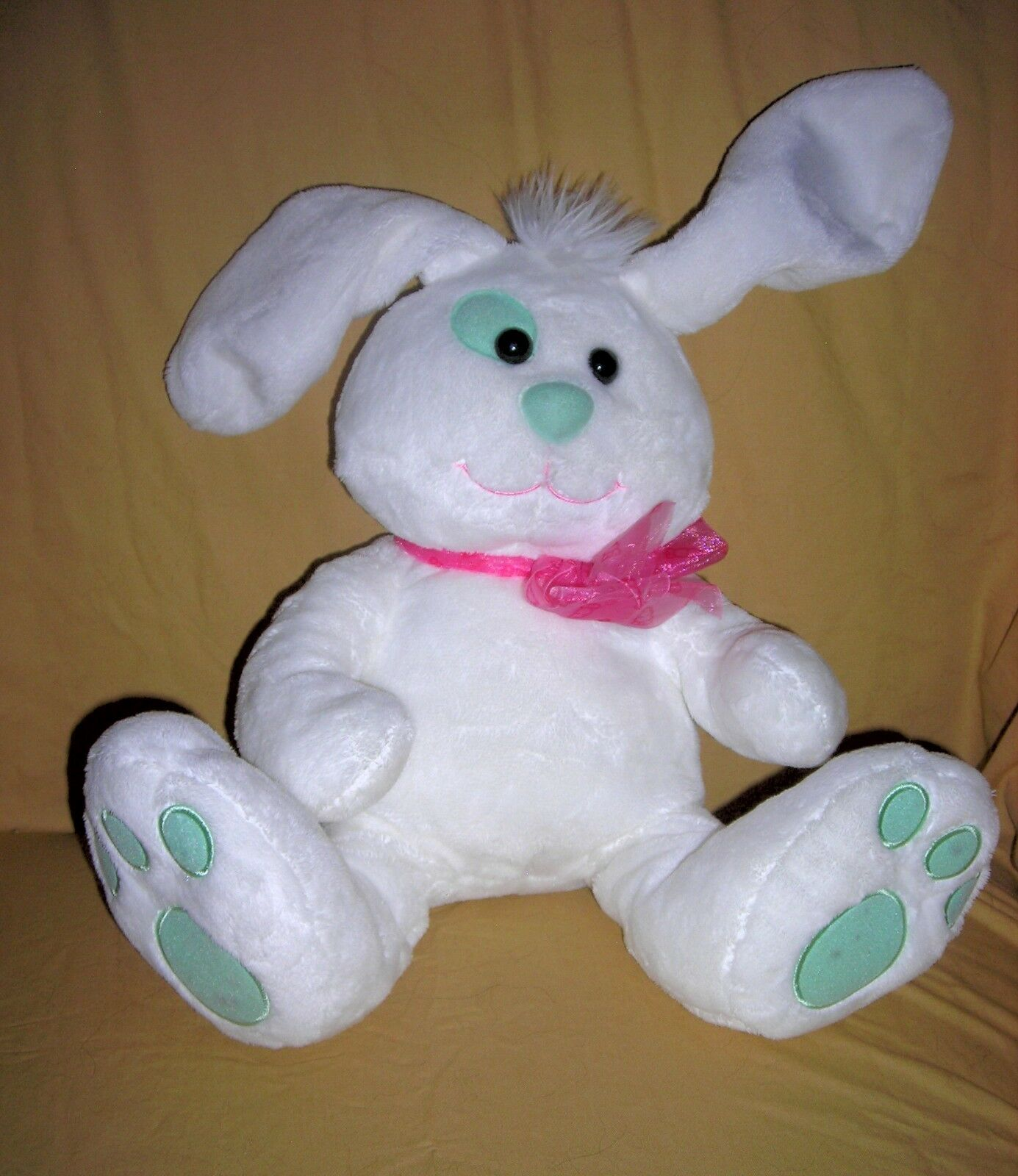 BUNNY RABBIT Weiss With LARGE BIG Feet Pink Bow Sits 10 Inch Ears 344abb