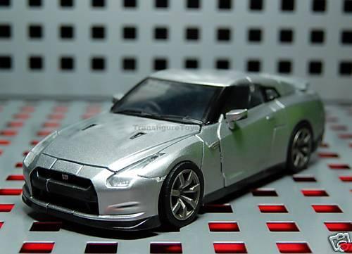 Takara Transformers A01 Alternity Nissan Gt-r argento