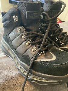 New Men's Size 8 UGG Hiker Weather Hiking Boots Black Suede Leather