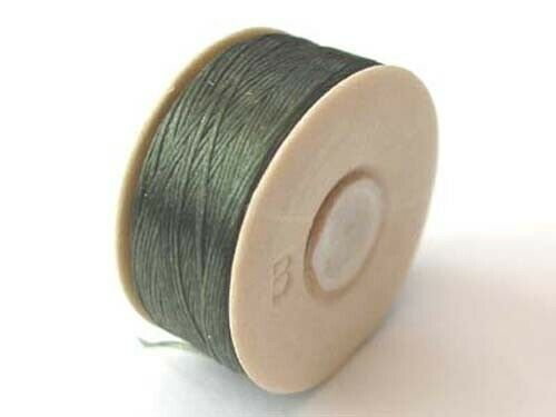 66 m Une bobine de vert olive Nymo B Beading Thread 72 yds