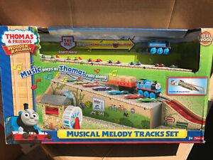 Thomas & Friends Wooden Railway Musical Melody Tracks Set w/ 1 Train 1 Cargo NEW