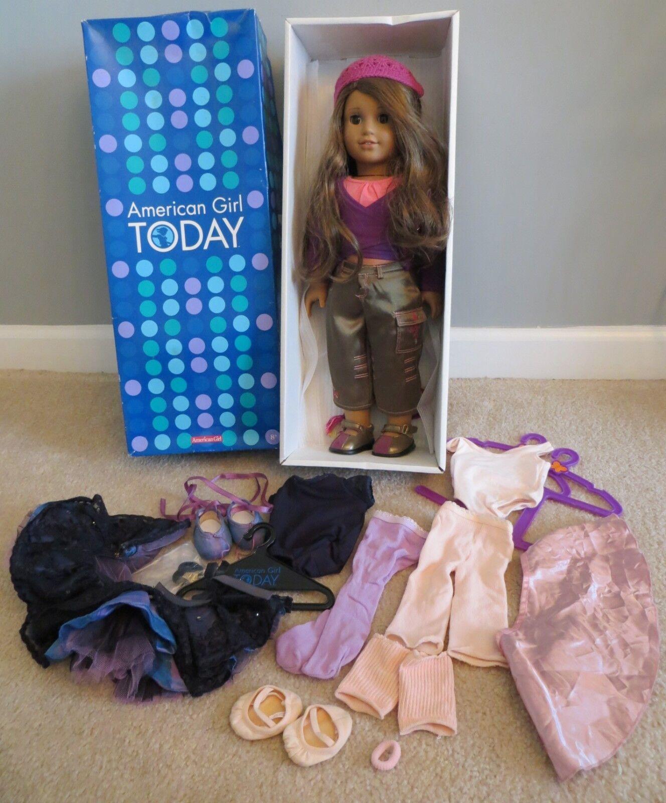 Vintage Muñeca American Girl hoy Marisol con libro en Caja Original + 2 conjuntos de ropa