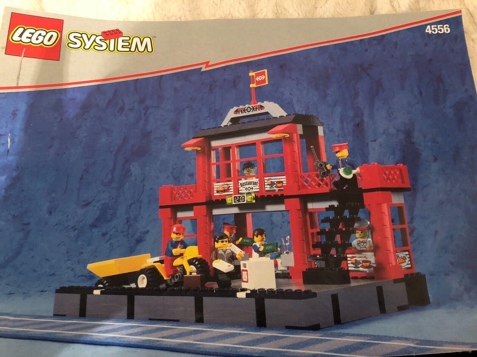Lego system set 4556, railway city train station, RARE