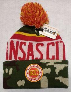 Kansas-City-Chiefs-Camouflage-Team-Color-Landmark-Patch-Pom-Pom-Knit-Beanie-Hat