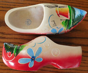 Wooden-Dutch-clogs-Carved-wood-hand-painted-size-23-cm-34-35-UK-size-2