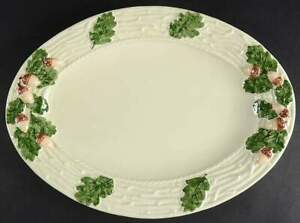 Bordallo-Pinheiro-OAK-LEAF-WHITE-amp-GREEN-15-1-2-034-Oval-Serving-Platter-8641953