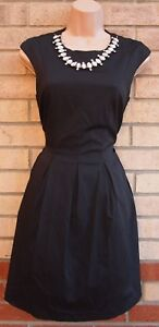 MISS-SELFRIDGE-BLACK-ELEGANT-PARTY-EVENING-DIAMONTE-NECKLINE-SKATER-DRESS-10-S
