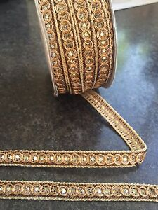 1M  GOLD BRAID LACE RIBBON TRIM WITH SILVER DIAMANTE 11MM WIDE - <span itemprop='availableAtOrFrom'>London, Hertfordshire, United Kingdom</span> - 1M  GOLD BRAID LACE RIBBON TRIM WITH SILVER DIAMANTE 11MM WIDE - London, Hertfordshire, United Kingdom