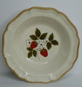 "Mikasa Strawberry Festival Vegetable Serving Bowl 9 3/4"" Flowers Floral EUC"