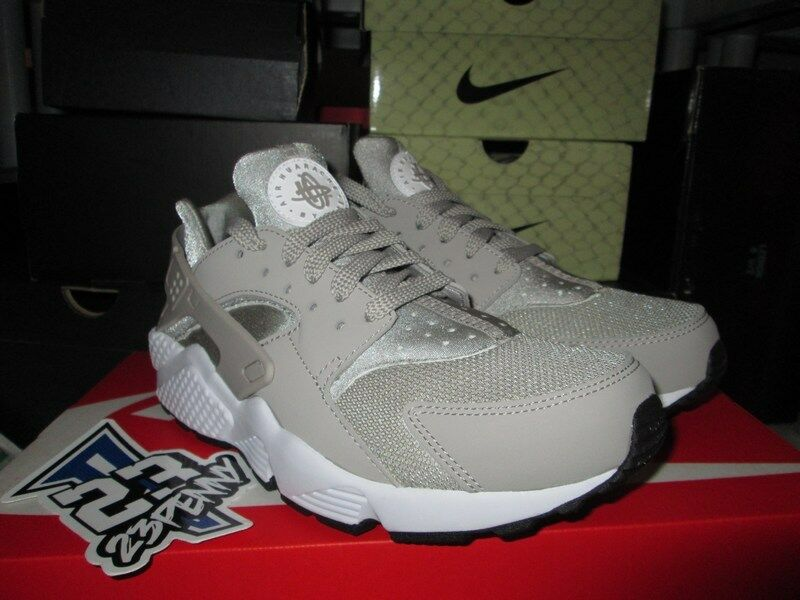 SALE NIKE AIR HUARACHE RUN COBBLESTONE WHITE SZ 7-13 NEW 318429 040 BEIGE